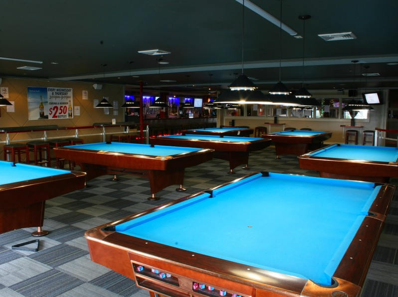Stopped by to look at Breakers Lounge - the home of your WPFG Billiards competition. Great place! Really glad to see everyone working to get STRAIGHT POOL added to the event list!!! Great job by all!