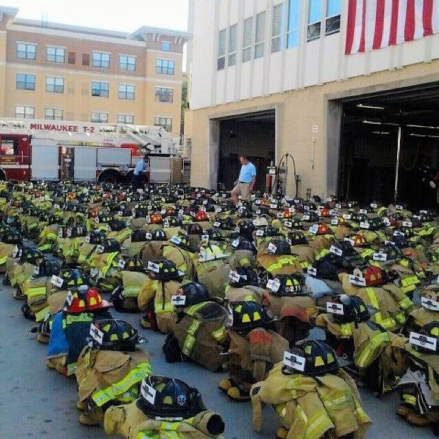 ICYMI: Milwaukee Fire Department laid out 343 sets of fire gear representing every single firefighter lost on 9/11. Feel free to share this amazing tribute. #heroes #neverforget