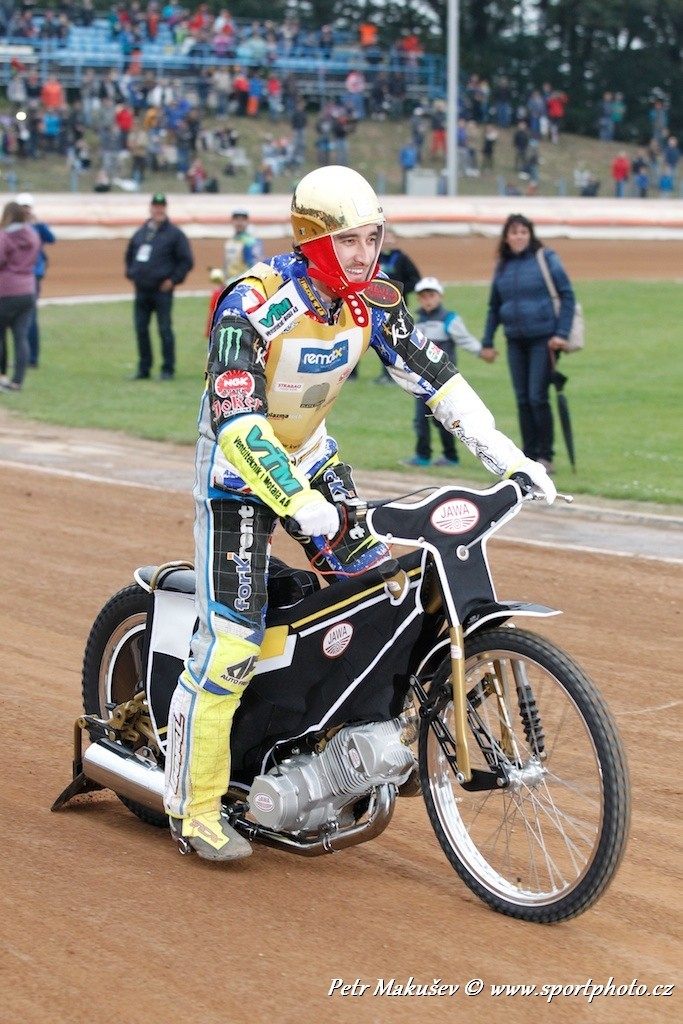 CHRIS HOLDER THE WINNER OF THE SPEEDWAY GOLDEN HELMET OF PARDUBICE(CZECH REPUBLIC) 2014<br />http://www.pistonson.com/Latest-Posts/Automotive/speedway-golden-helmet-pardubice.html